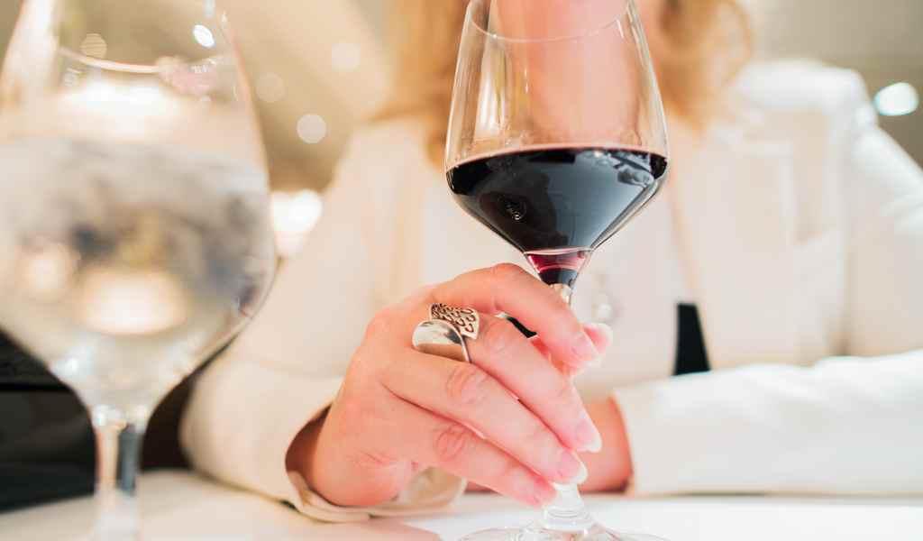 Лечение женского алкоголизма в Губино анонимно